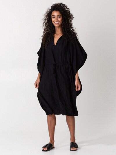 Rochie 'LUCINDA' Indiska pe negru, Vizualizare model