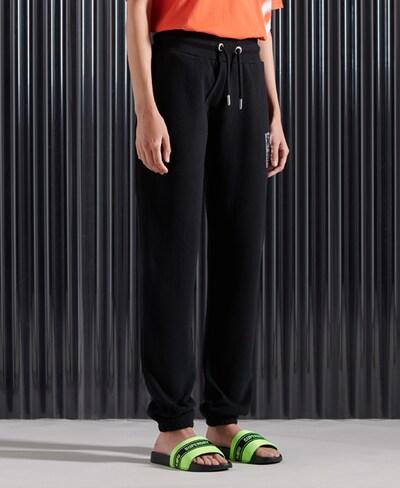 Superdry Jogginghose in schwarz, Modelansicht