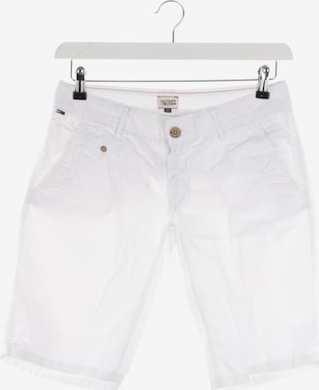 Tommy Jeans Shorts in S in White