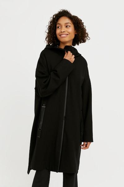 Finn Flare Mantel in schwarz, Modelansicht