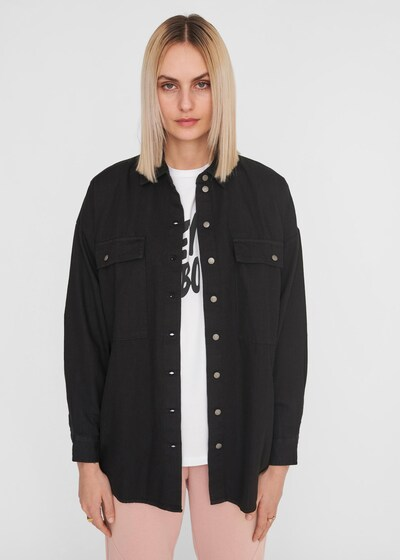 Noisy may Bluse 'NMFLANNY' i black denim, Modelvisning