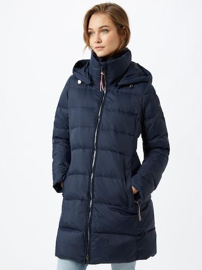 TOMMY HILFIGER Abrigo de invierno 'Global' en azul oscuro, Vista del modelo