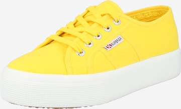 Sneaker low de la SUPERGA pe galben