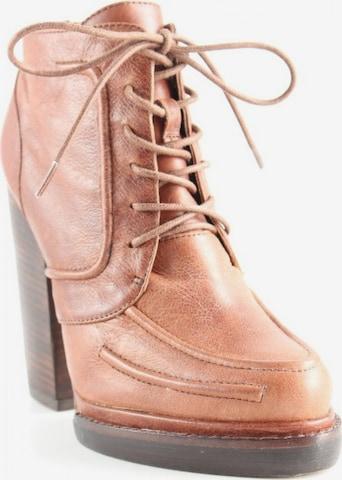 UNBEKANNT High Heels & Pumps in 37 in Brown