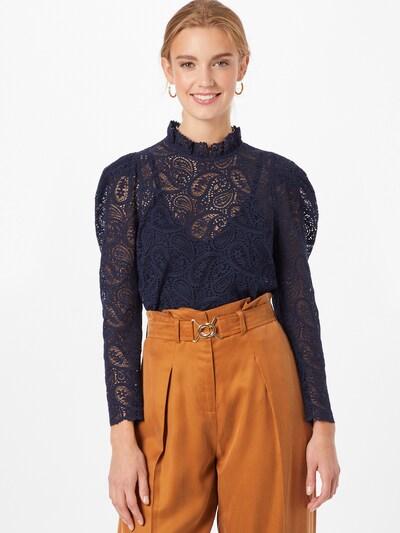 IVY & OAK Bluzka w kolorze ciemny niebieskim, Podgląd na modelu(-ce)