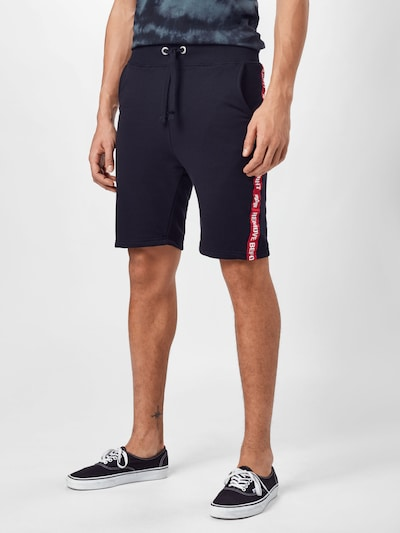 ALPHA INDUSTRIES Shorts in rot / schwarz / weiß, Modelansicht