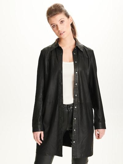 Notyz Blouse 'Maren' in de kleur Zwart, Modelweergave