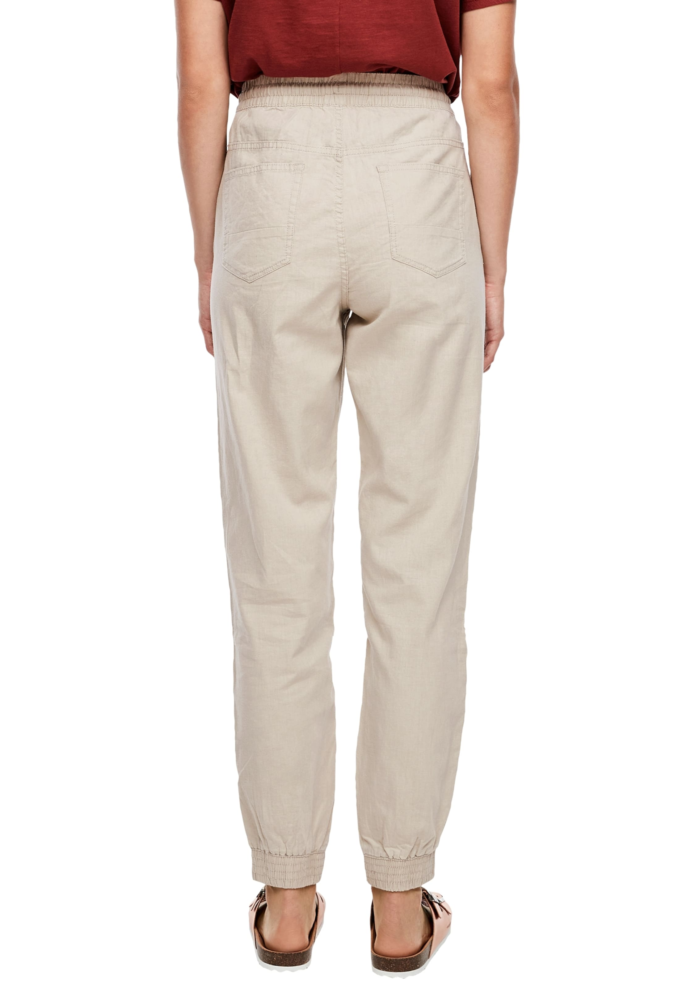 Q/S designed by Hose in beige