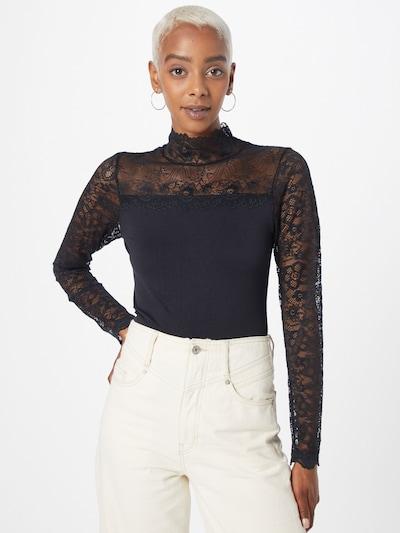 Bluză 'Vanessa' minus pe negru, Vizualizare model