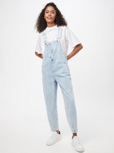 Pimkie Ogrodniczki jeansowe 'DALIA' w kolorze jasnoniebieskim, Podgląd na modelu(-ce)