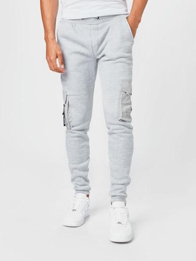 BRAVE SOUL Cargo hlače 'CHELSEA' u bež / siva / crna, Prikaz modela