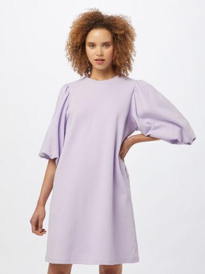 mbym Kleid 'Emmaline' in lavendel, Modelansicht