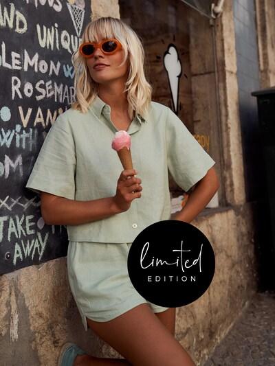 ABOUT YOU Limited Bluse 'Frida' by Janine Jahnke in grün, Modelansicht