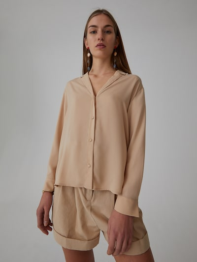 EDITED Bluzka 'Ulrika' w kolorze beżowym, Podgląd na modelu(-ce)