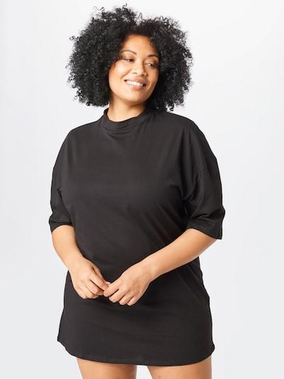 Missguided Plus Kleid in schwarz, Modelansicht
