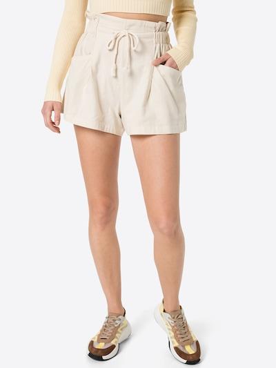 DeFacto Shorts in kitt, Modelansicht