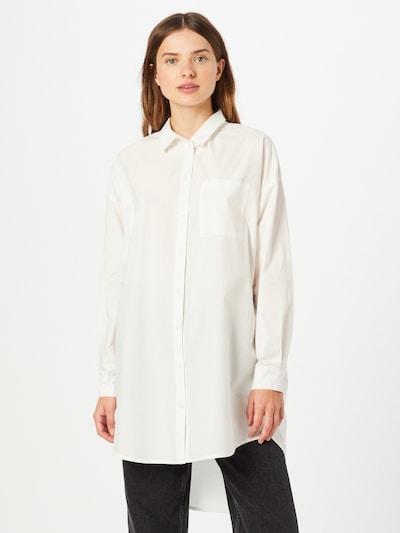 ICHI Blusa en blanco, Vista del modelo