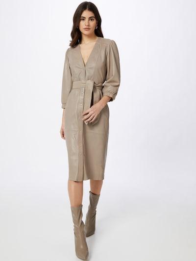 Ibana Košilové šaty 'Dora' - šedobéžová, Model/ka