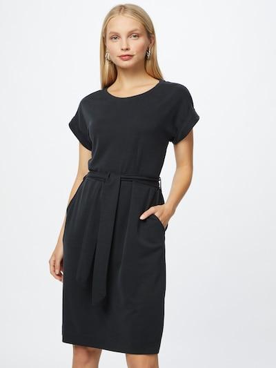 Rochie ESPRIT pe negru, Vizualizare model