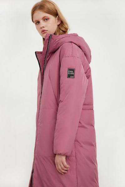Finn Flare Mantel in pink, Modelansicht