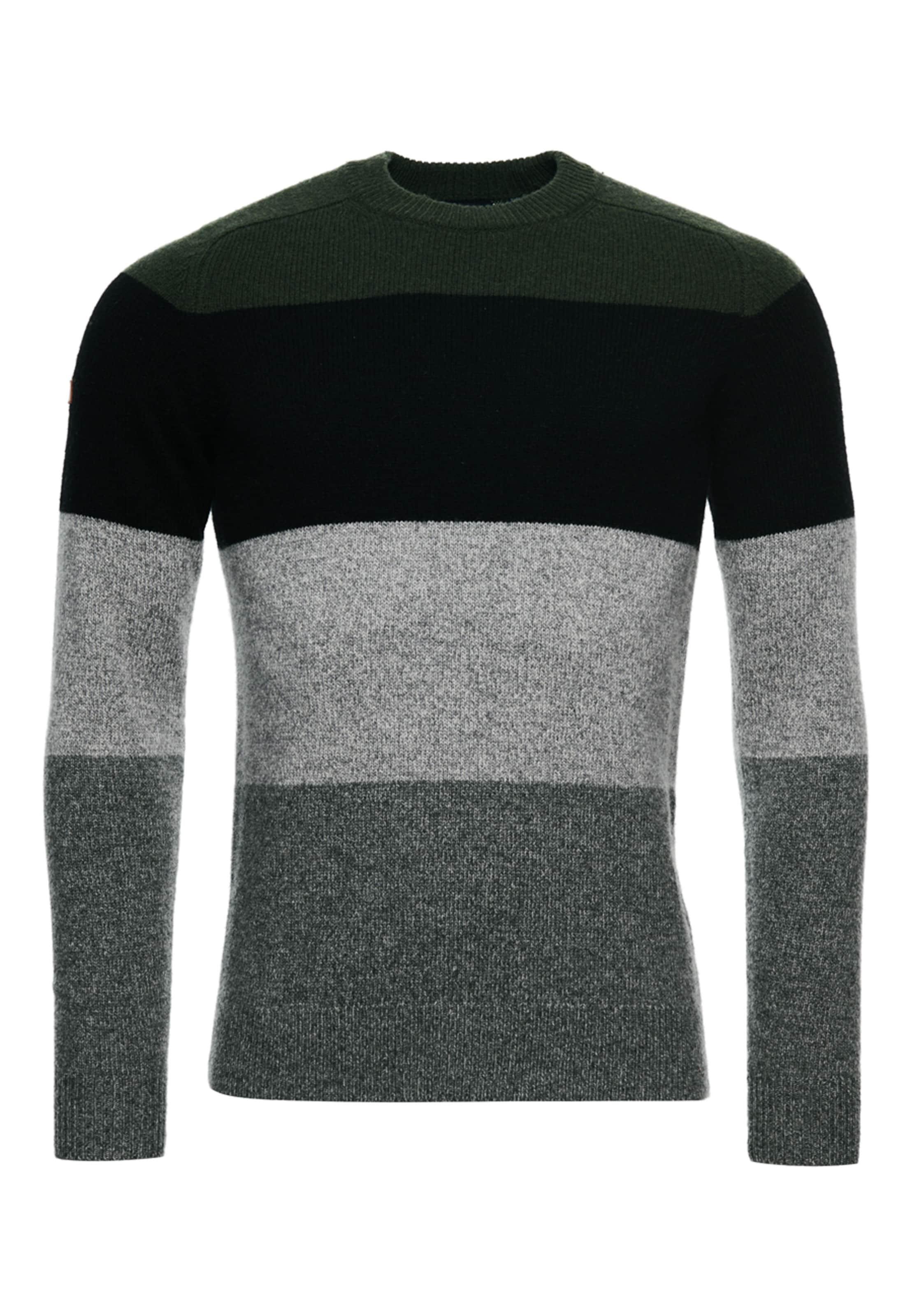 Superdry Pullover in schwarz Unifarben 1041411500533V6K002