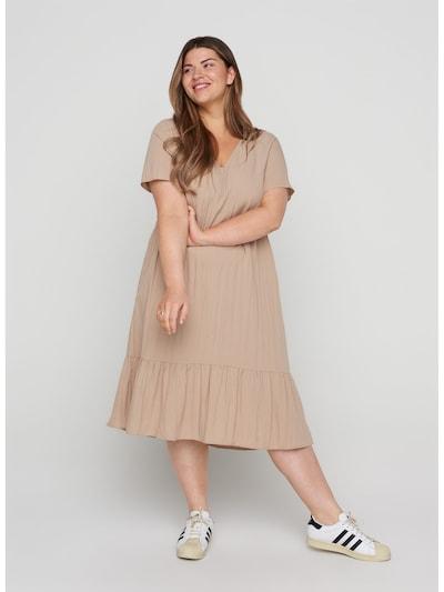 Zizzi Kleid 'Vmacy' in beige, Modelansicht