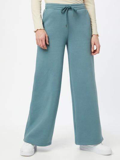 Noisy may Broek 'ASYA' in de kleur Jade groen, Modelweergave