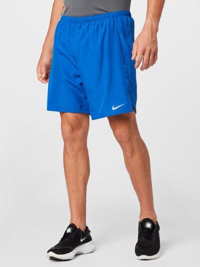 Sportinės kelnės 'Challenger' iš NIKE, spalva – mėlyna / balta, Modelio vaizdas
