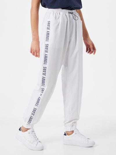 Tommy Jeans Hlače   temno modra / bela barva, Prikaz modela