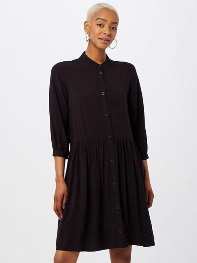 Q/S designed by Košilové šaty - černá, Model/ka