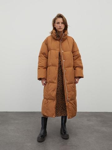 EDITED Winter Coat 'Momo' in Brown