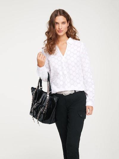 Bluză heine pe alb, Vizualizare model