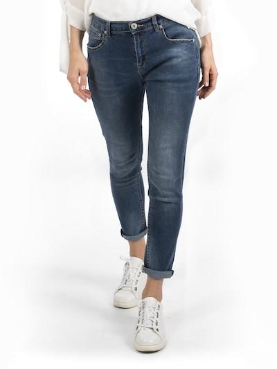 Bianco Jeans Jean ' PALMDALE ' en bleu denim, Vue avec modèle