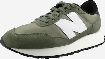 Sneaker bassa di new balance in verde