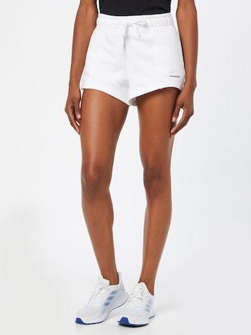 Calvin Klein Jeans Shorts in Weiß