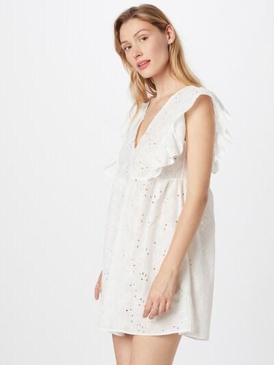 Trendyol Kleid in weiß, Modelansicht