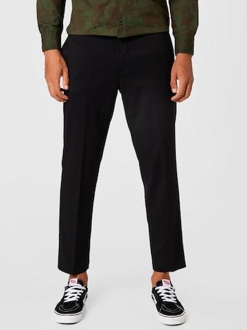Pantalon à plis UNITED COLORS OF BENETTON en noir