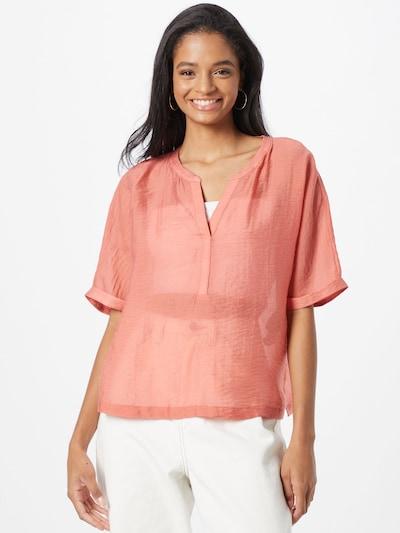 Bluză COMMA pe corai, Vizualizare model