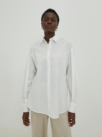 EDITED Pluus 'Tori', värv valge