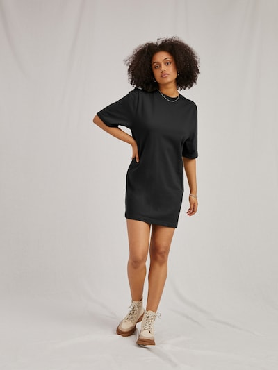 A LOT LESS Kleid 'Izzie' in schwarz, Modelansicht