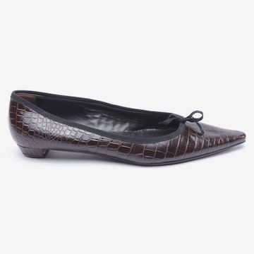 PRADA Flats & Loafers in 41 in Brown