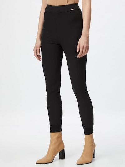 CINQUE Kalhoty - černá, Model/ka