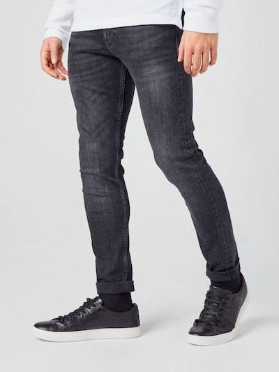 Calvin Klein Jeans Traperice u crni traper, Prikaz modela