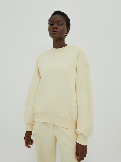 EDITED Majica 'Lana' | svetlo rumena barva, Prikaz modela