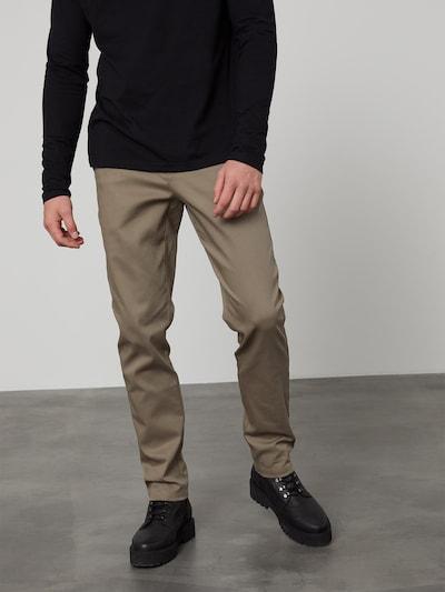 DAN FOX APPAREL Chino Pants 'Elias' in Light brown, View model