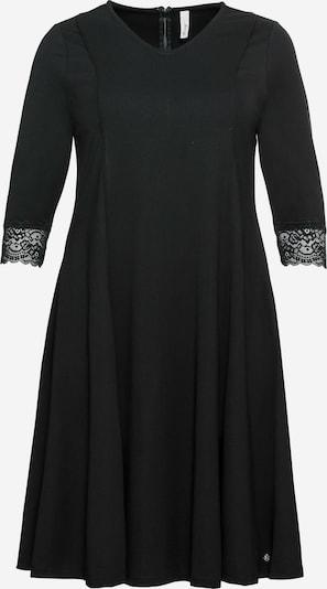SHEEGO Robe fourreau en noir, Vue avec produit