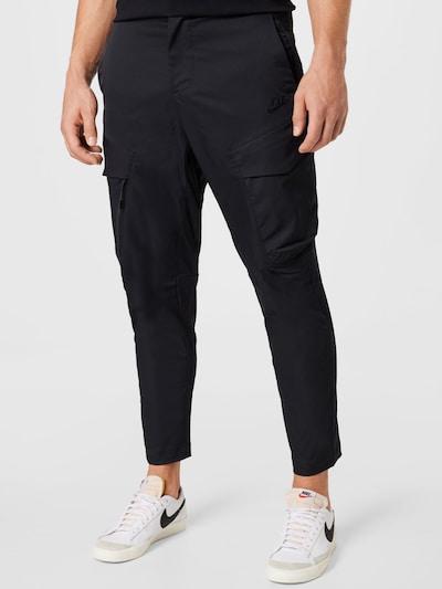 Nike Sportswear Παντελόνι cargo σε μαύρο, Άποψη μοντέλου