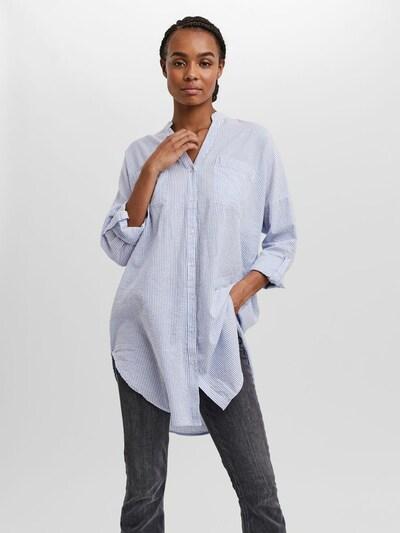 VERO MODA Tunika in hellblau / weiß, Modelansicht
