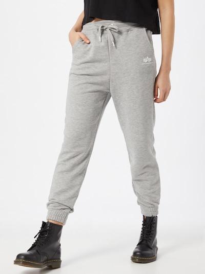 Pantaloni ALPHA INDUSTRIES di colore grigio sfumato, Visualizzazione modelli