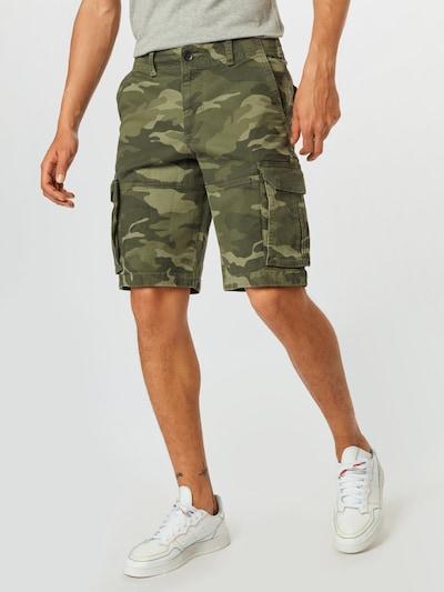 HOLLISTER Pantalon cargo en kaki / olive / vert foncé, Vue avec modèle